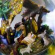 Szent Család - Exkluzív zenélő hógömb