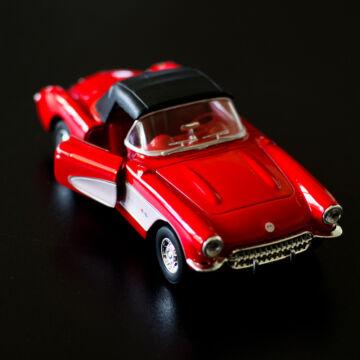 Red Chevrolet Corvette 1957 modellcar 1:34