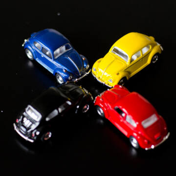 VW Bogár  modellautó 1:64  SZÍN HIÁNYOS