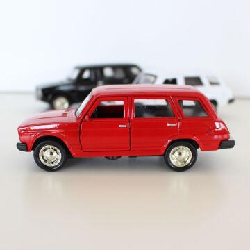 Lada 2104  játékszintű modell