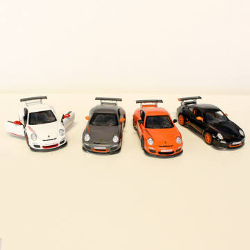 PORSCHE 911 GT3  RS   modellautó 4 féle színben   1:36 méretarányban