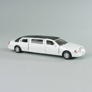 LIMO - Lincoln Limousine - modellautó 1:36
