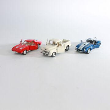 Oldtimer modellautók  3 féle 1:32