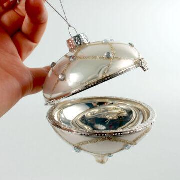 Nyitható hagyma alakú üvegdísz