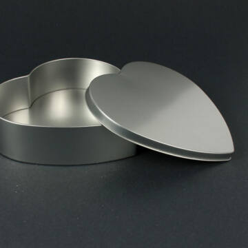 Szív alakú ajándékdoboz