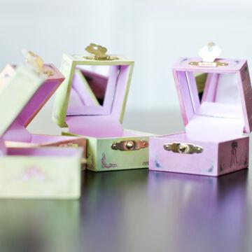 Balerinás dobozka gyűrűnek vagy tejfogaknak