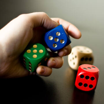 Giant dice - 4 colors