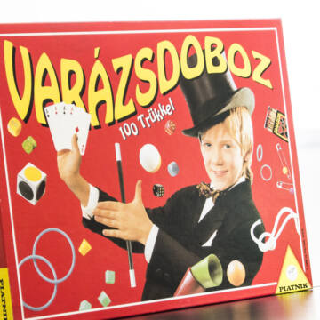 VARÁZS DOBOZ  100 trükkel  - egy bűvész tanonc részére