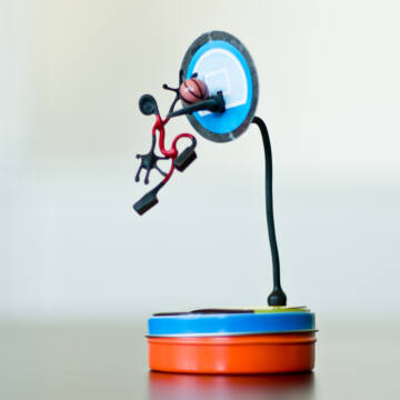 Kosárlabdázó - mágneses drótfigura