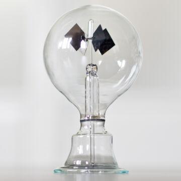 Fénymalom - fényenergiával működő fizikai játék