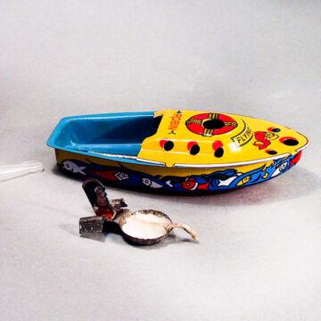 """Gyertyás csónak lemezből -  """"ROBIN"""" fantázia néven"""