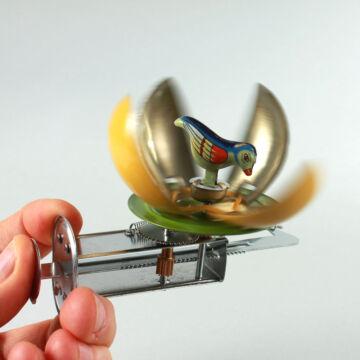 Tojáspörgettyű madárral lemezjáték
