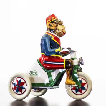 Majom triciklivel Paya hasonmás lemezjáték