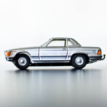 MERCEDES COUPE SILV