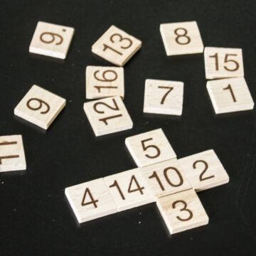 Mágikus Négyzet  gyufás doboz játék fából