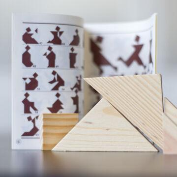 Tangram logikai játék fából