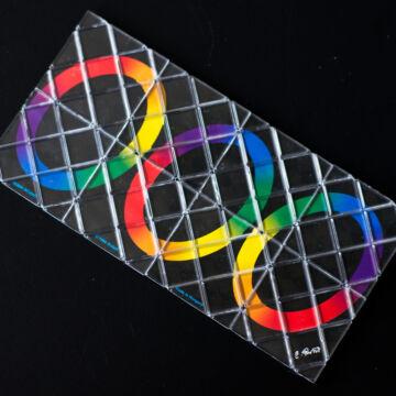 Karikavarázs  8 elemű  Rubik fejtörő