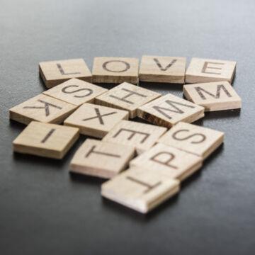 Mini Scrabble  gyufásdoboz játék fából