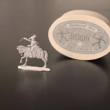 Festetlen Rákóczi - lapos lovas ólomkatona háncs dobozban