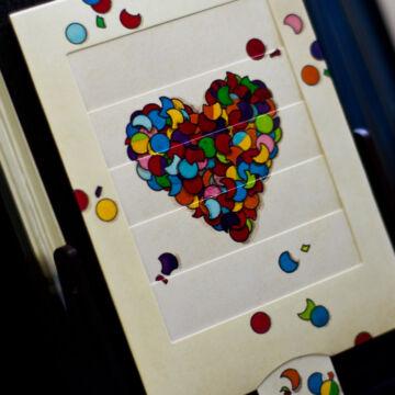 Konfetti szív - változó képeslap
