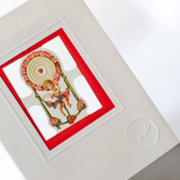 Love swing greeting card with envelope