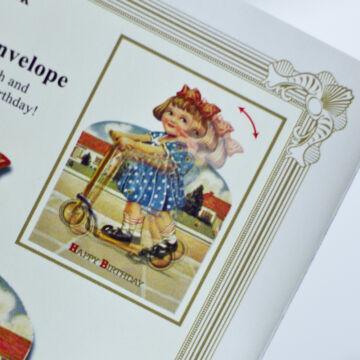 Rollerező kislány - születésnapi változó képeslap borítékkal