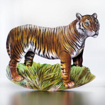 Bengáli tigris hintázó figura képeslap borítékkal
