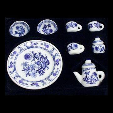 Porcelán teáskészlet  babaszobához, babaházhoz