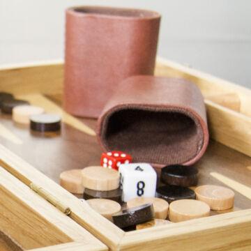 Backgammon társasjáték