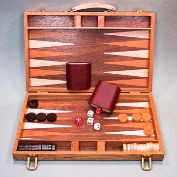 Backgammon - stratégiai játék