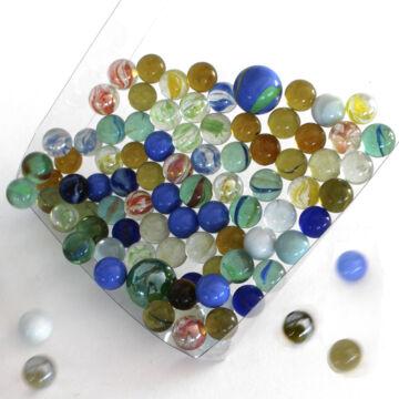 Üveggolyó szett  vegyes színekben 88 db