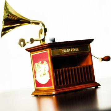 Gramofon  exkluzív zenélő ajándéktárgy