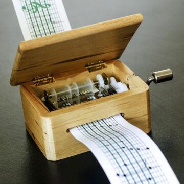 Kis zeneszerző  dallam komponáló és lejátszó készlet