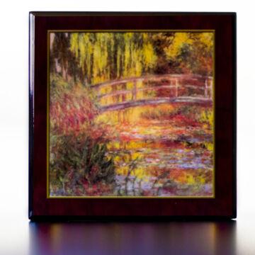 Monet: Japán híd  Lakkozott zenélő ékszertartó
