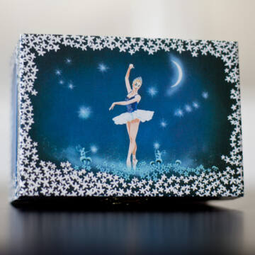 Hattyúk tava  ékszerdoboz balerinával