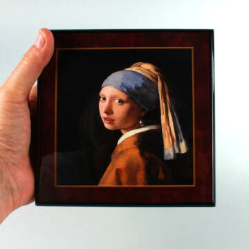Vermeer: Lány gyöngy fülbevalóval  zenélő ékszerdoboz