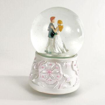Weddin couple musical water globe reduced