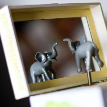 Elefánt  zenélő ékszerdoboz